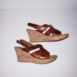 Born brown leather sandals 7